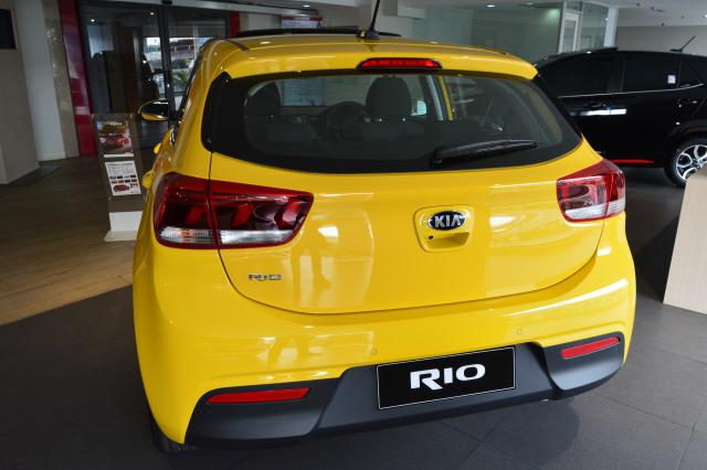 Kia Rio, otomotif, mobil baru, korea selatan