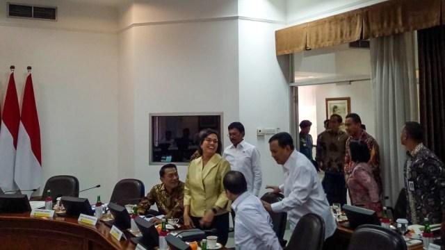 Survei: Prabowo, Sri Mulyani, Erick Thohir, 3 Besar Menteri Berkinerja Terbaik (245213)