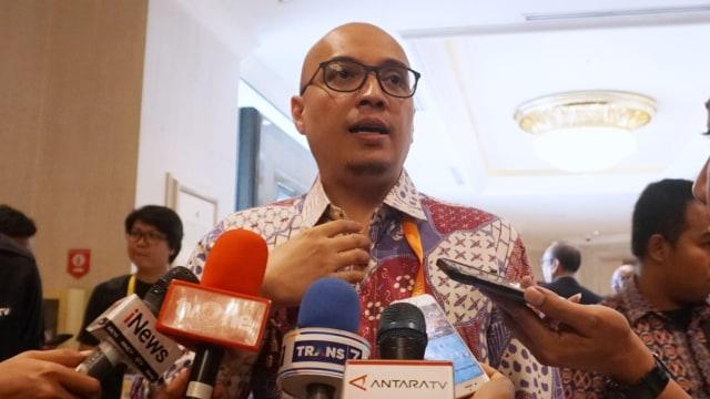 Arif Putra Wicaksono (C)
