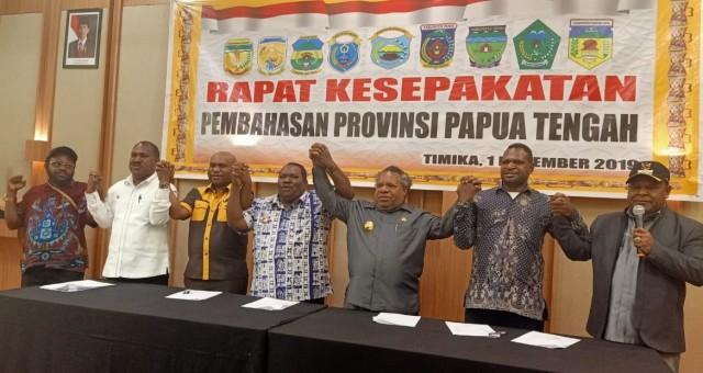 Tujuh Bupati Sepakat Bentuk Provinsi Papua Tengah  (932709)