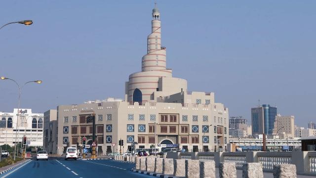 Jalan Warna Biru di Qatar, Pendingin Qatar