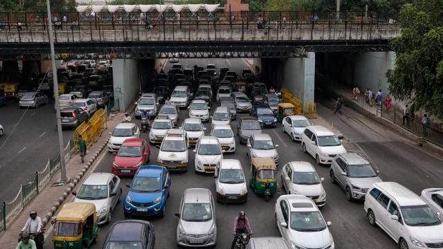 Kurangi Polusi, New Delhi Terapkan Kebijakan Ganjil-Genap (111150)