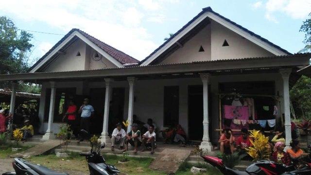 Surono Dikubur dan Dibeton di Dalam Musala Rumahnya  (701501)