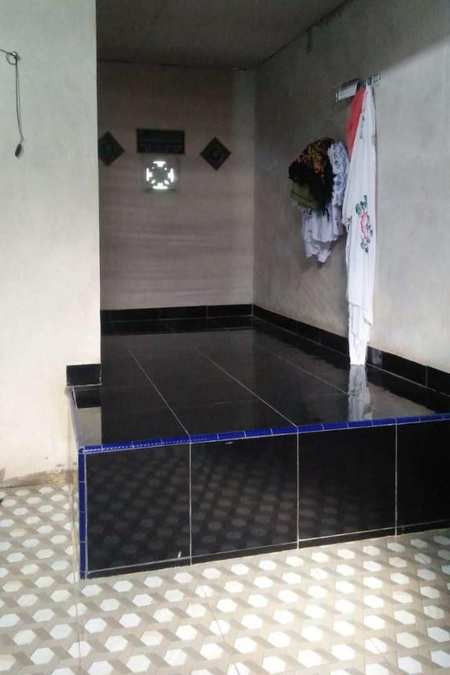 Surono Dikubur dan Dibeton di Dalam Musala Rumahnya  (701500)