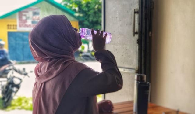 Pemerintah Maluku Tenggara Terapkan Penggunaan Tumbler  (39263)