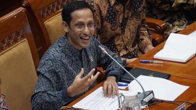 Nadiem Rapat Perdana di DPR: Maaf Gugup dan Paparan Hanya 1 Halaman (60376)