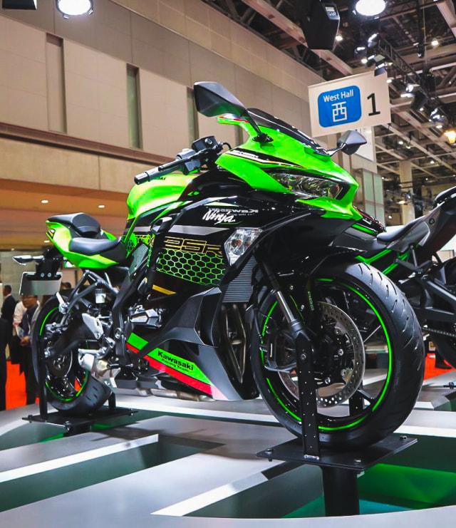 Kapan Kawasaki Ninja 250 4-silinder Meluncur di Indonesia? (426467)
