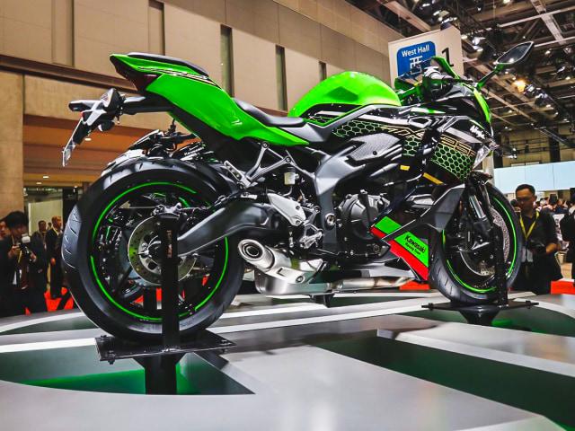 Lagi, Kawasaki Goda Konsumennya Lewat Modifikasi Ninja 250 4-Silinder (7157)
