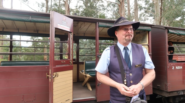 Sensasi Jadul Puffing Billy,  Kereta Uap di Australia (23642)