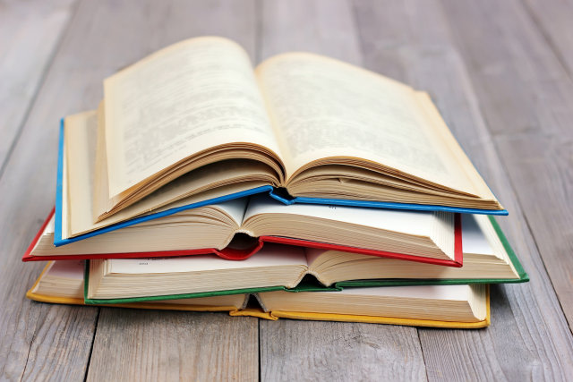 Kiat-kiat Menumbuhkan Minat Baca Anak (170379)