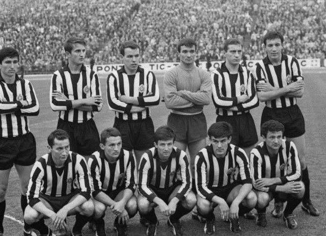 Mengenang Laga Manchester United vs Partizan Belgrade 53 Tahun Silam (148494)
