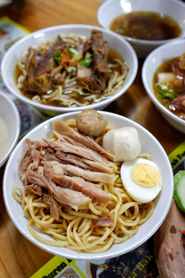 'Bakmi Tanjung Duren Barat', Kuliner Mi dengan Sentuhan Makassar (1231577)