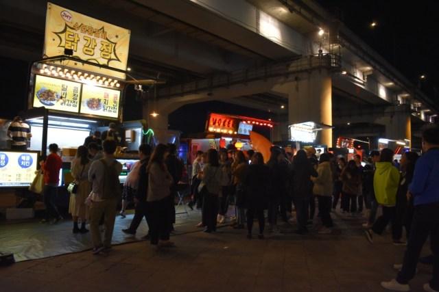 Goblin Night Market di Jembatan Banpo, Malam Paling Ditunggu di Seoul (32964)