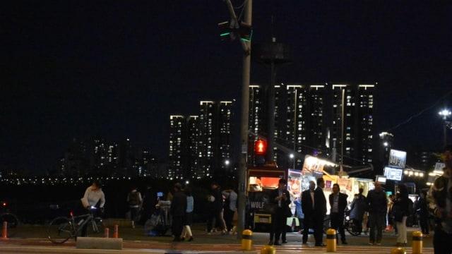 Goblin Night Market di Jembatan Banpo, Malam Paling Ditunggu di Seoul (32966)