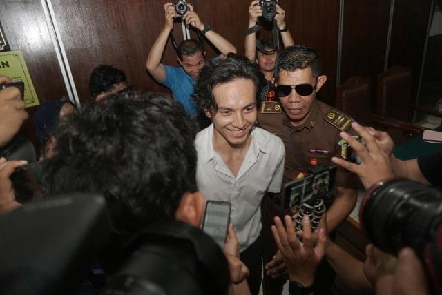 Foto: Jefri Nichol Divonis Tujuh Bulan Rehabilitasi (34935)