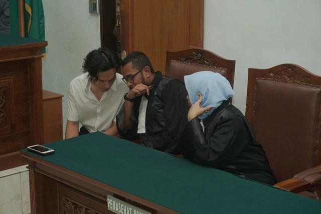 Foto: Jefri Nichol Divonis Tujuh Bulan Rehabilitasi (34934)