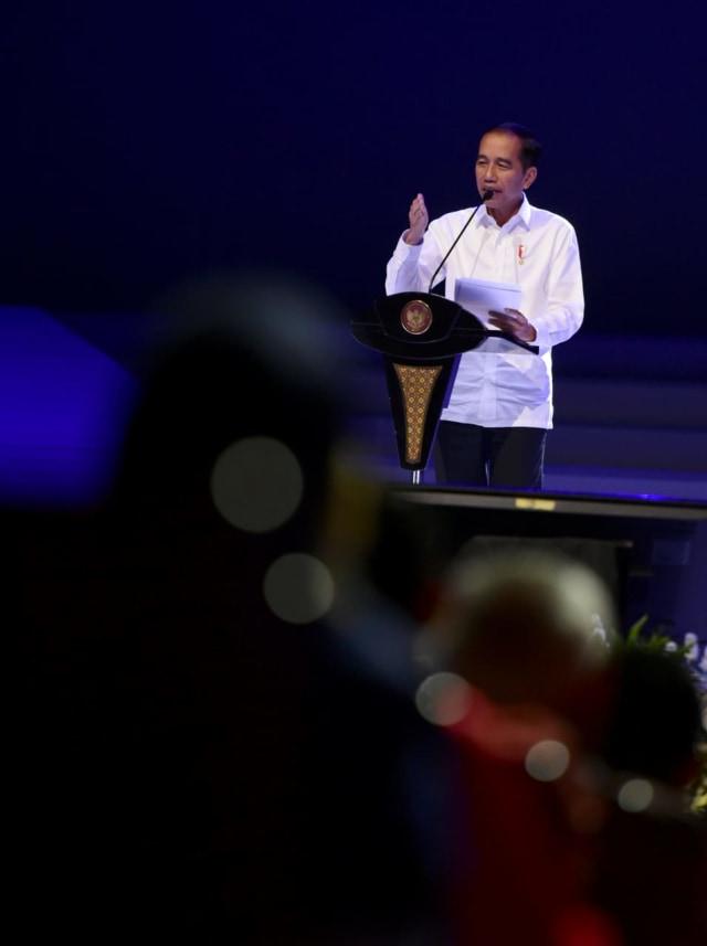 PDIP: Jokowi Tak Seharusnya Emosional Tolak Amandemen UUD 1945 (1245627)
