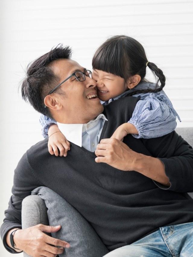 Cerita Para Ayah Rumah Tangga, Seperti Apa Perannya Dalam Keluarga?  (40208)