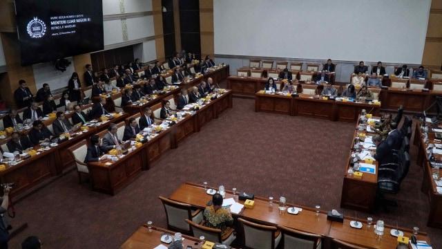 Raker Perdana dengan Komisi I, Menlu Retno Paparkan Rencana Kerja 2020 (120997)