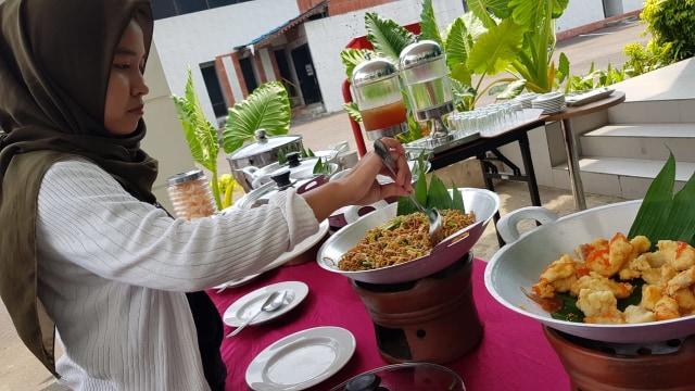 Grand Mahkota Hotel Pontianak Sajikan Menu Nusantara  (26419)