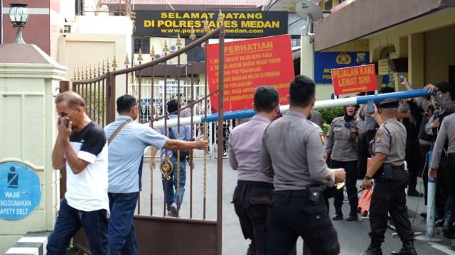Polri Selidiki Jaringan Pelaku Bom Bunuh Diri Polrestabes Medan (128300)