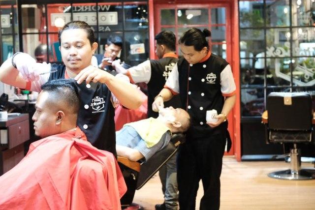 Melirik Kiprah Bisnis Barbershop yang punya 20 Outlet di Indonesia (385320)