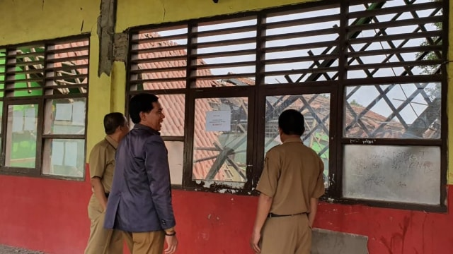 Tiga Ruang Kelas SD di Tangerang Roboh Akibat Pergeseran Tanah (307577)