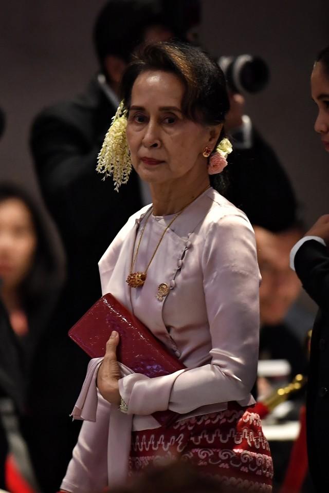 Suu Kyi Akan Hadapi Sidang Gugatan Genosida Rohingya di Belanda  (249690)