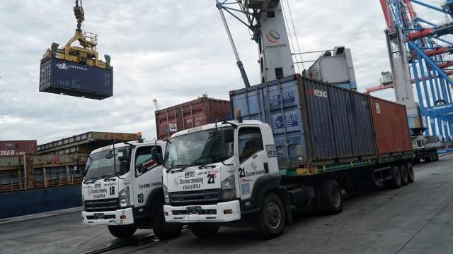 Ketidakpastian Regulasi di Pelabuhan Ganggu Investasi (79074)
