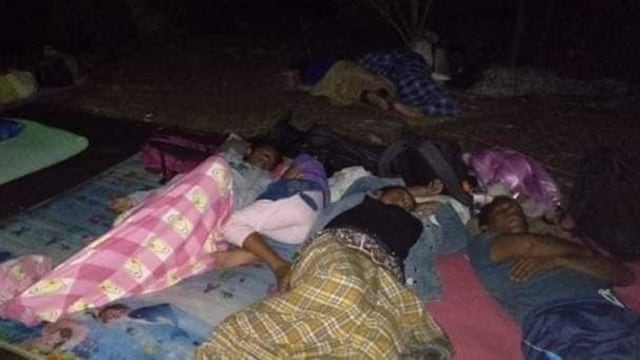 Foto: Pascagempa, Warga Ternate Masih Bertahan di Tenda Pengungsian (498166)