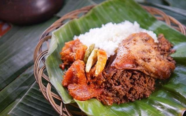 Sejarah Gudeg sebagai Makanan Warisan Kerajaan Mataram (370756)