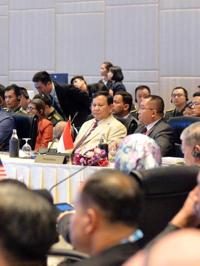 Belum Genap 3 Bulan Jabat Menhan, Prabowo Sudah Melawat ke 7 Negara (39695)