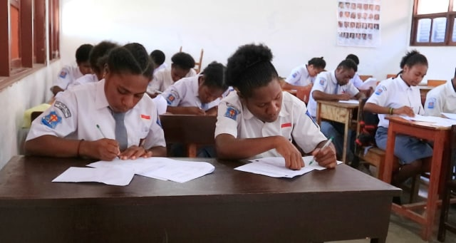 Usai Rusuh Wamena, Tersisa 45% Siswa Ikut Ujian Semester Ganjil   (132663)
