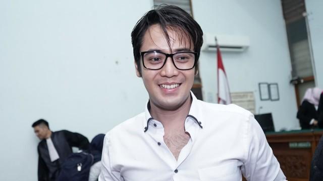 Mengaku Pacar Hana Hanifah, Kriss Hatta: Minggu Ketemu, Kini Tak Bisa Dihubungi (235846)