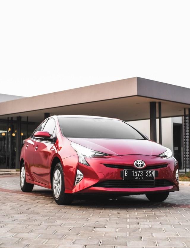 Mencoba Prius Hybrid di Jalan Jakarta, Bebas Ganjil Genap?  (145629)