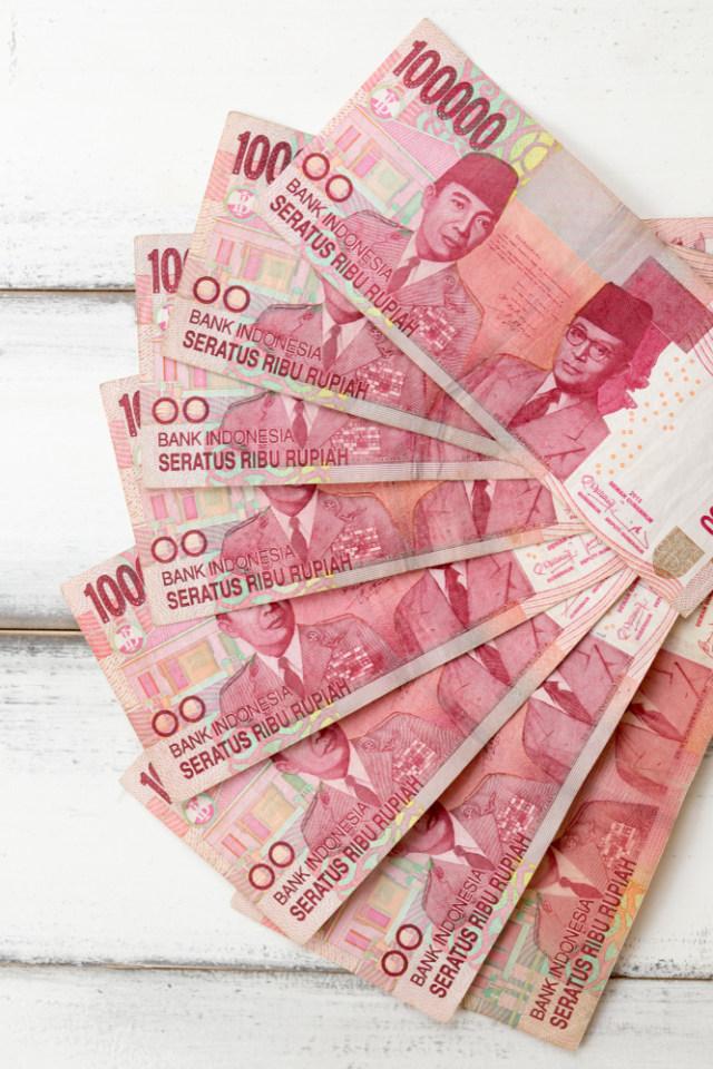3 Tanda Keuangan Keluarga Bermasalah (141300)