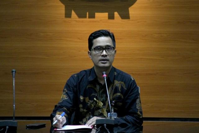 KPK Kaget Jokowi Beri Grasi ke Koruptor Annas Maamun (53084)
