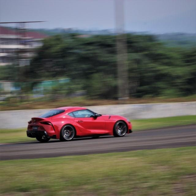 Toyota Indonesia Serahkan 4 Unit Perdana GR Supra  (349335)