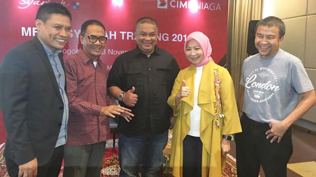 Diskusi ekonomi syariah CIMB Niaga Syariah
