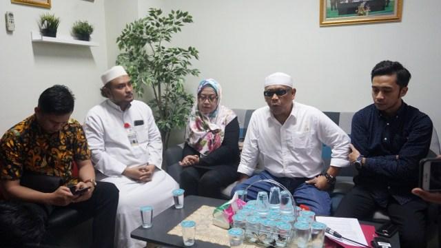 Eggi Sudjana dkk Desak MUI Buat Fatwa soal Sukmawati (133973)