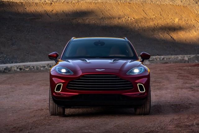 Intip Mobil Aston Martin, yang Akan Jadi Safety Car Formula 1 2021 (296578)