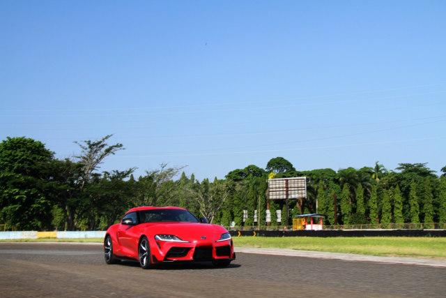 Menaklukkan Sirkuit Sentul dengan Toyota GR Supra  (48426)