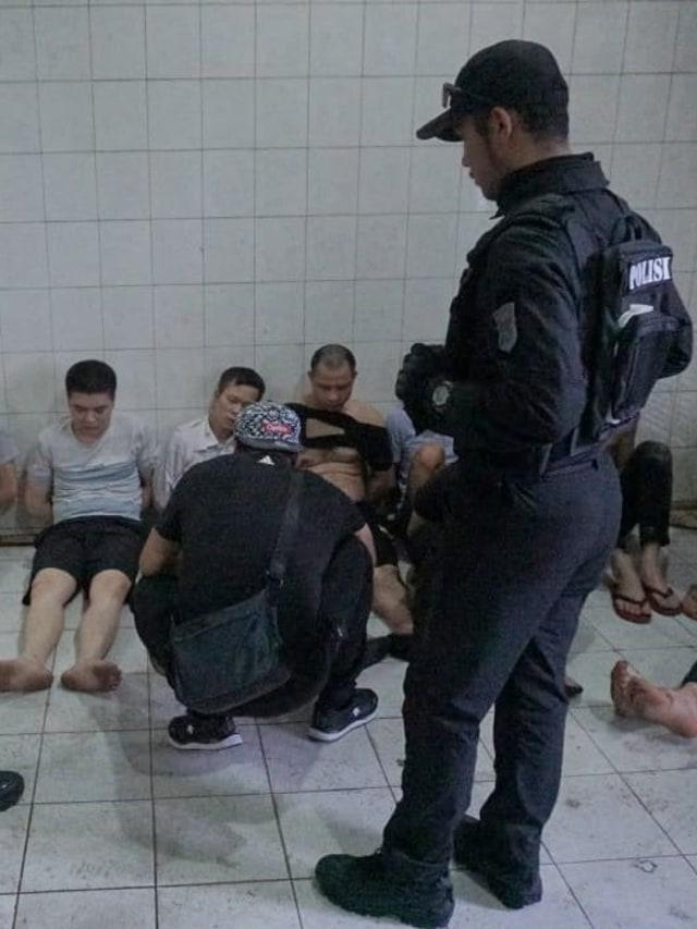 Modus Penipuan Wn China Mengaku Polisi Hingga Jadi Banker