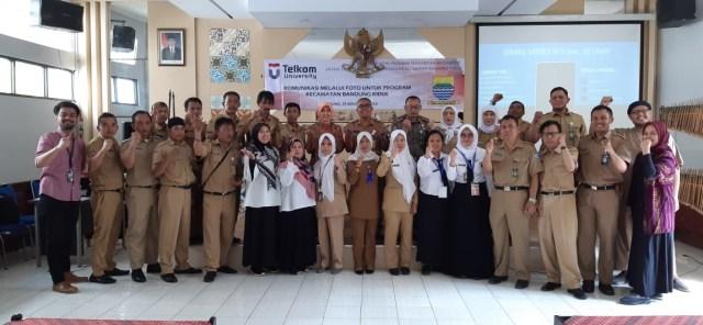 Pelatihan Komunikasi Melalui Foto Bagi Karyawan Kecamatan  (258)