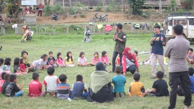 Melihat Perjalanan Gerakan Mamuju Mengajar Hingga ke Desa Terpencil (515328)