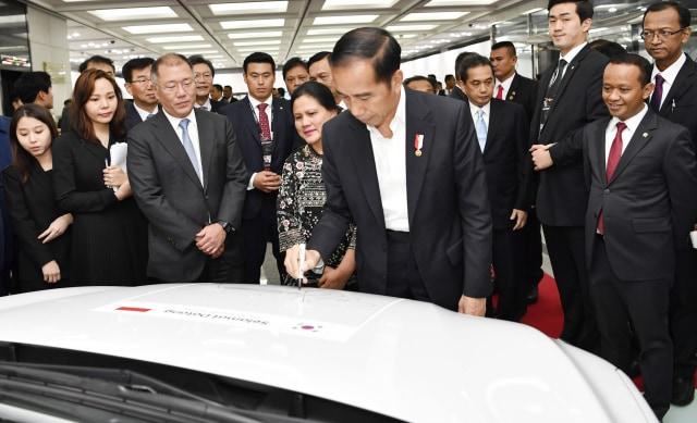 Hyundai dan LG Resmi Mulai Pembangunan Pabrik Baterai Mobil Listrik (623077)