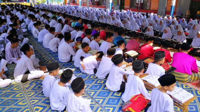 Kemenag Jatim Minta Maaf Ada Soal 'Khilafah' di Ujian Madrasah Kediri (10392)