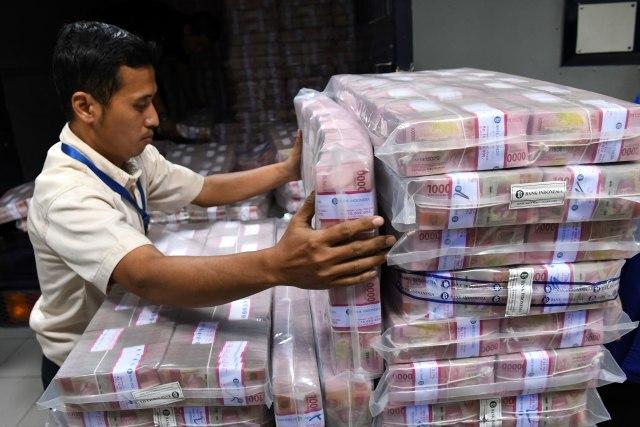 Pemda Tahan Dana Ratusan Triliun di Bank, Bikin Kesal Sri Mulyani hingga Jokowi (253356)