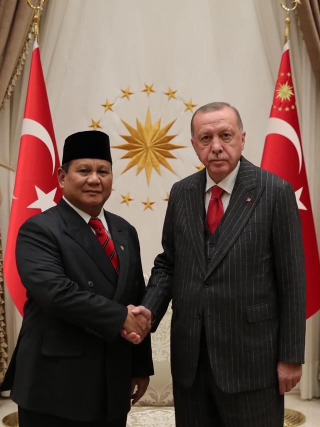 Bertemu Erdogan, Prabowo Sampaikan Salam dari Jokowi (242111)