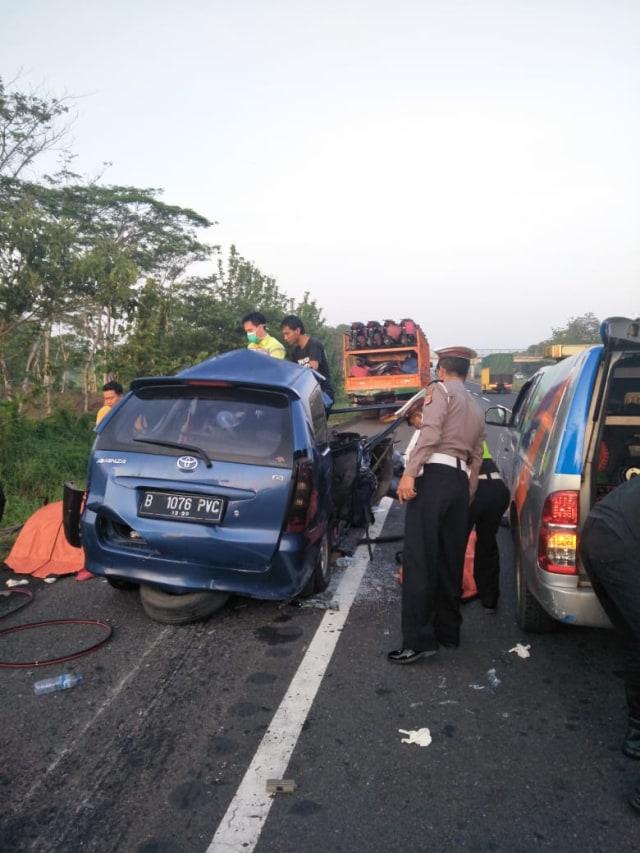 Identitas 6 Korban Tewas Truk vs Avanza di Tol Cipali, 2 Anak-anak (326424)